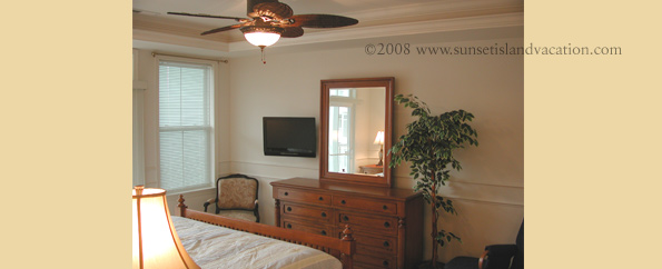 Sunset Island Ocean City MD - Condo Master Bedroom